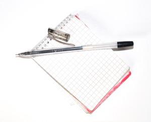 notes-z-dlugopisem